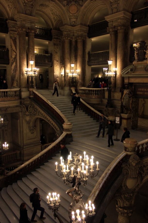 """Et voila! The famous Grand Staircase itself! Ohhh the drama, the drama! EXCUSE ME WHILE I GO SING """"MASQUERADE"""" REAL QUICK."""